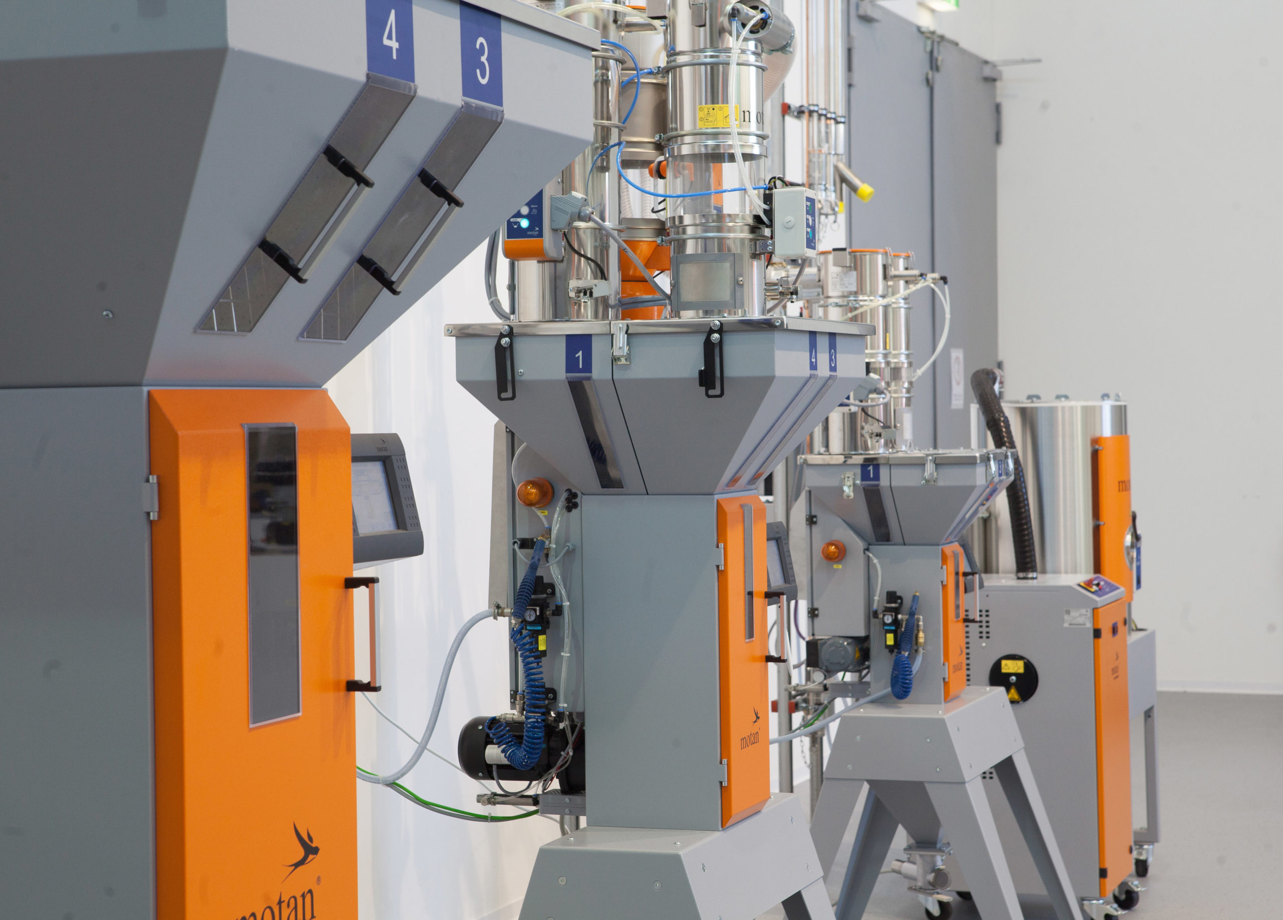 motan GRAVICOLOR Different Sizes With LUXOR-50 | GreenTech Machinery